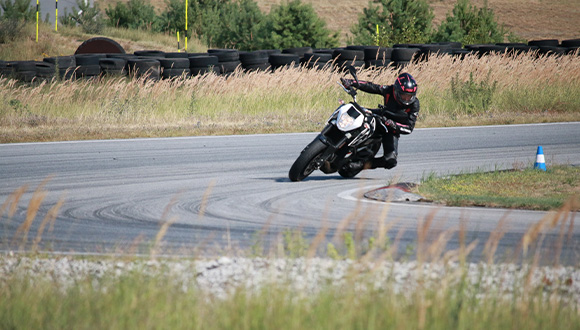 event-fahrtrainings-fahrsicherheit-motorrad-2-b